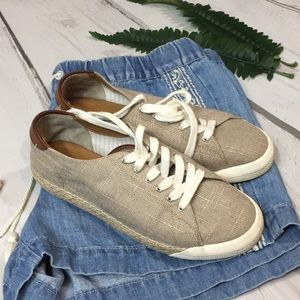 GH Bass Like New Espadrille Sneakers